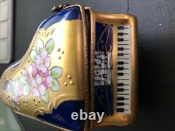 AUTHENTIC LIMOGES GRAND PIANO MINIATURE GREAT COLLECTIBLE SIGNED Peint Maine