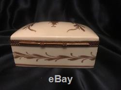 Antique Limoges France NAPOLEONIC Golden Bee Hand Painted Porcelain Trinket Box