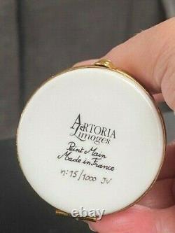 Artoria LIMOGES France Angelic Cat Porcelain Trinket Box Peint Main Hand Painted