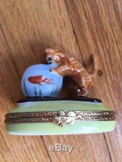 Artoria Limoges France Kitten Cat with Fish Bowl Trinket Box Peint Main Signed