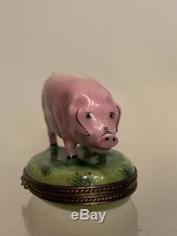 Beautiful Peint Main Pig Limoges France Trinket Box Piglet Hog In A Field Farm