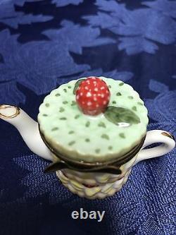 Beautiful Vintage Limoges France Trinket Box Strawberry Short Cake Tea Pot