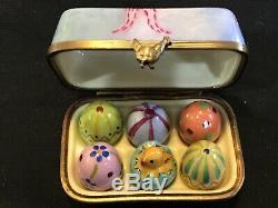 EGG CARTON with Easter Eggs and Chick Limoges Trinket Box Peint Main France