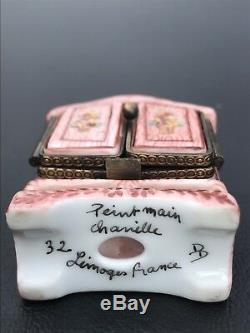 Hand Signed Limoges Peint Main Trinket Box. Armoire With Clothes. DD 32 Chanille