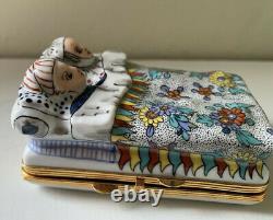 LIMOGES FRANCE Elegant Bed Couple French Hinged Trinket Box