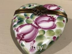 LIMOGES FRANCE Floral Heart ROCHARD Hinged Trinket Box Hand-painted Peint Main
