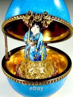 LIMOGES FRANCE HAND-PAINTED BLUE EGG GEISHA With PARASOL PERFUME TRINKET BOX
