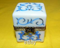 LIMOGES FRANCE HEART PEINT MAIN TRINKET BOX HOLDS 4 PERFUME BOTTLES Beautiful