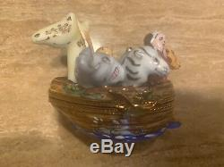 LIMOGES France Peint Main NOAH'S ARK Hinged Trinket Box