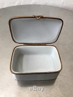 LIMOGES White Porcelain Jewelry Box, France c. 1930