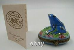 Limoges Blue Frog on a Lily Pad Peint Main France Hinged Trinket Box