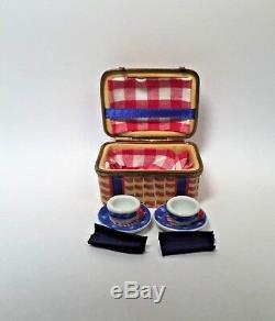 Limoges Box Colorful American PICNIC BASKET Peint Main France