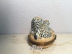 Limoges Box Exquisite CHEETAH Leopard Jaguar Peint main France CARDINET RARE