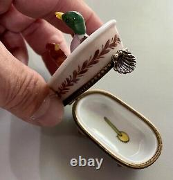 Limoges Duck and Rooster Bathtub French Box Peint Main Handmade Collector's Box
