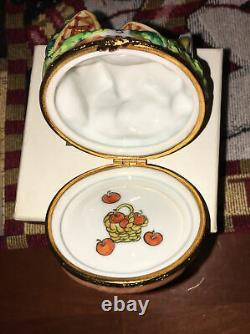 Limoges France Artoria Peint Main Disney Snow White 7 Dwarfs Cottage Trinket Box