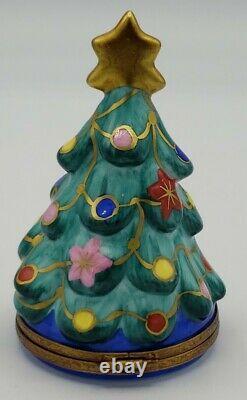Limoges France Christmas Tree Manger Nativity Baby Jesus Mary Trinket Box