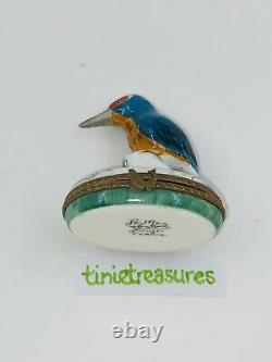 Limoges France Peint Main Bird Blue Brown Belly Clasp Mini Trinket Box tinie