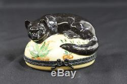 Limoges France Peint Main Large Porcelain Black Cat Ring/Trinket Box Anka Estate