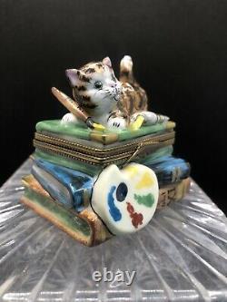 Limoges France Peint Main Signed Rochard Activity Cat Hinged Trinket Box