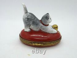 Limoges France Peint Main Trinket Box Cat with Yarn Ball #290/300