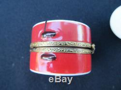 Limoges France Rochard Barbie Hat Trinket Box Peint Main
