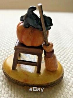 Limoges Peint Main HALLOWEEN Pumpkin Black Cat On Chair Trinket Box Excellent