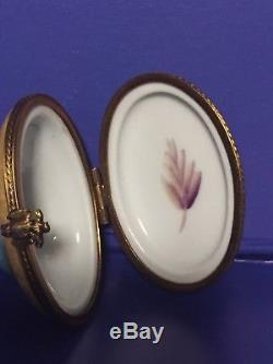 Limoges Peint Main Porcelain Trinket Box. Beautiful Colorful Owl. Rare