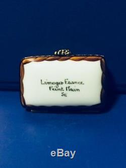 Limoges Peint Main Trinket Box Grape Vines Champagne & Wine Glass. Signed SE