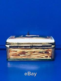 Limoges Peint Main Wine Crate Hinged Trinket Box With Two Bottles