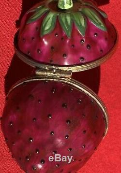 Limoges Raspberry Porcelain Hand Painted Trinket Box signed by Tiffany 2
