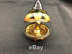 Limoges Trinket Box Halloween Pumpkin With Witch Hat 7/500 Peint Main Oervailles