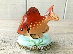 Limoges Tropical Fish Maquee Deposee France Porcelain Trinket Box Rare