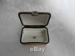 Limoges Vintage Trinket Box Gold Gilt With Pink Roses With Floral Clasp Rare Box