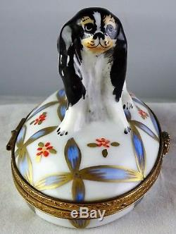 Peint Main Dog On A Fancy Pillow Artoria Limoges Porcelain Trinket Box
