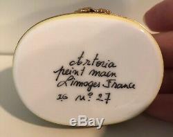 Peint Main Limoges France porcelain snuff trinket box 2.5 Garden Bench