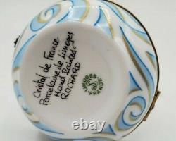 ROCHARD Crystal Swan Limoges Box (Retired)
