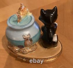 Rare DISNEY LIMOGES-PINOCCHIO'S CAT FIGARO, GOLDFISH TRINKET Artoria Peint Main