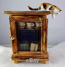 Rare Limoges Peint Main Limited Edition Trinket Box Cat On Curio Cabinet #49/500