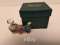 Rare, Retired New Artoria Peanuts Snoopy and Woodstock Limoges Trinket Box