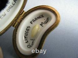 Rare Vintage Peint Main Limoges New Orleans Red Bean & Rice Porcelain Mini Box
