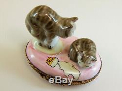 Rochard France Limoges Hinged Lid Trinket Box, Gray Tabby Cat and her Kitten