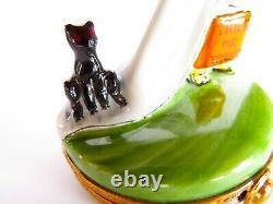 Trick Or Treat ghost cat+ BOX Peint Main France Artoria Limoges Box Hand Painted
