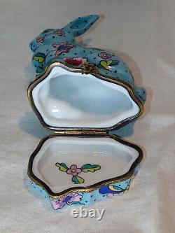 Vintage Chamart Limoges Trinket Box Peint main in Limoges France Rare