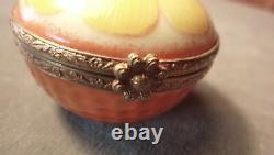 Vintage Hand-painted Small Round Orange Fruit Flower Limoges Porcelain Ring Box